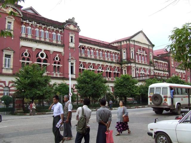 Yangon, la porte de la Birmanie